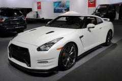 2014 Nissan GT-R Photo 3