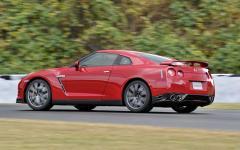 2014 Nissan GT-R Photo 4