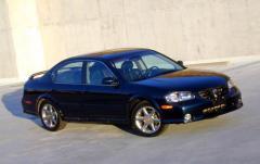 2001 Nissan Maxima exterior