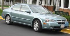 2002 Nissan Maxima Photo 2