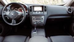 2010 Nissan Maxima Photo 3
