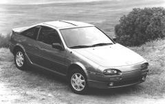 1992 Nissan NX exterior
