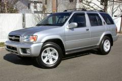 2004 Nissan Pathfinder Photo 1