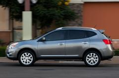 2014 Nissan Rogue Select Photo 5