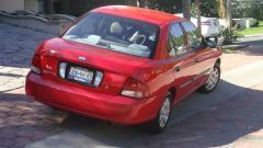 2001 Nissan Sentra Photo 4