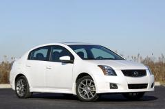 2010 Nissan Sentra Photo 1