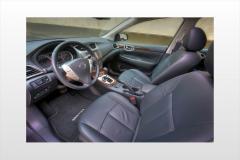 2015 Nissan Sentra interior