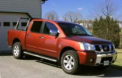 2004 Nissan Titan Photo 1