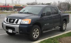 2009 Nissan Titan Photo 3