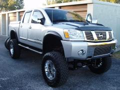 2009 Nissan Titan Photo 6