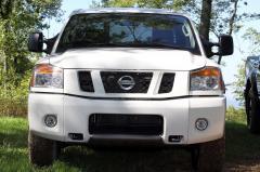 2015 Nissan Titan exterior