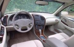 2002 Oldsmobile Aurora interior