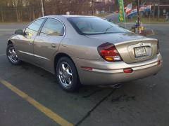 2003 Oldsmobile Aurora Photo 3