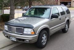 1999 Oldsmobile Bravada Photo 1