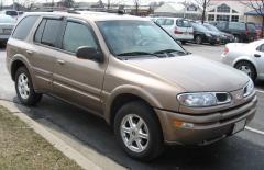 2002 Oldsmobile Bravada Photo 2