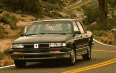 1991 Oldsmobile Cutlass Ciera exterior