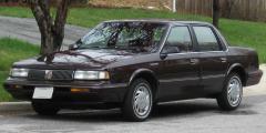 1993 Oldsmobile Cutlass Ciera Photo 2