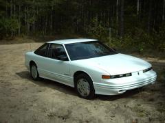 1993 Oldsmobile Cutlass Supreme Photo 3