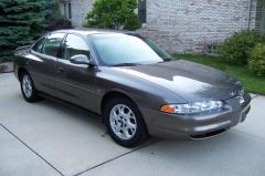 2000 Oldsmobile Intrigue Photo 1