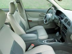 2002 Oldsmobile Intrigue Photo 2
