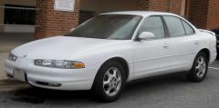 2002 Oldsmobile Intrigue Photo 3
