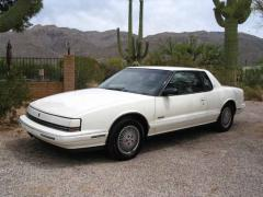 1990 Oldsmobile Toronado Photo 1