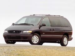 2000 Plymouth Grand Voyager Photo 1