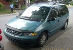 1997 Plymouth Voyager Photo 1