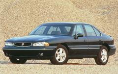 1996 Pontiac Bonneville Photo 1