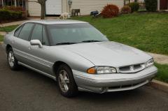 1999 Pontiac Bonneville Photo 1