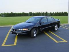 2001 Pontiac Bonneville Photo 2