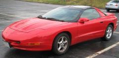 1997 Pontiac Firebird Photo 2