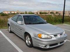 2001 Pontiac Grand AM Photo 2
