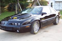 1994 Pontiac Grand Prix Photo 2