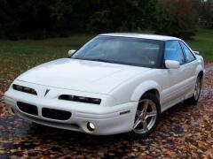 2001 Pontiac Grand Prix Photo 1
