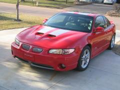 2001 Pontiac Grand Prix Photo 2