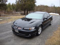 2001 Pontiac Grand Prix Photo 3