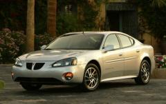 2004 Pontiac Grand Prix Photo 1