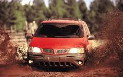 2001 Pontiac Montana exterior