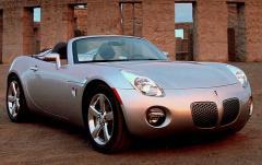 2007 Pontiac Solstice exterior