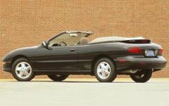 1997 Pontiac Sunfire exterior