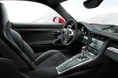 2014 Porsche 911 interior