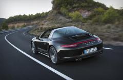 2015 Porsche 911 Photo 2