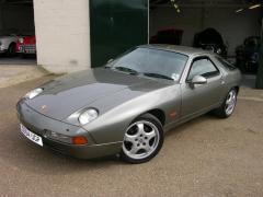 1991 Porsche 928 Photo 1