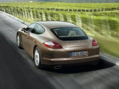 2011 Porsche Panamera Photo 5