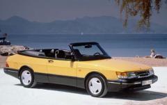 1992 Saab 900 exterior