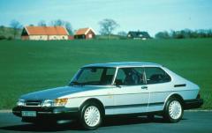 1993 Saab 900 exterior