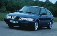 1998 Saab 900 exterior