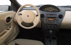 2006 Saturn ION interior