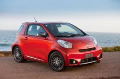 2014 Scion iQ Photo 1